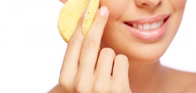 طريقة تنظيف حبوب الوجه