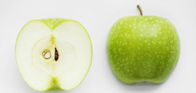 أضرار بذور التفاح