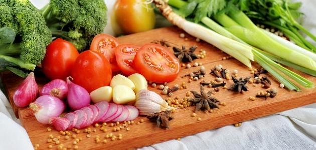 طريقة شوي البصل والطماطم