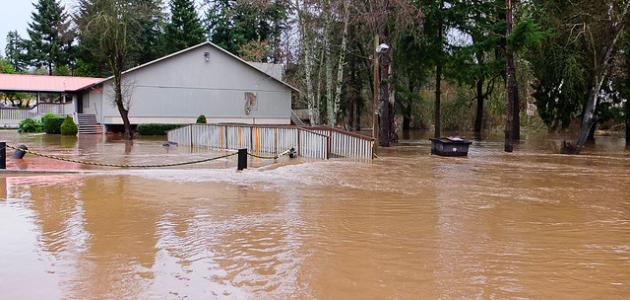أسباب الفيضانات