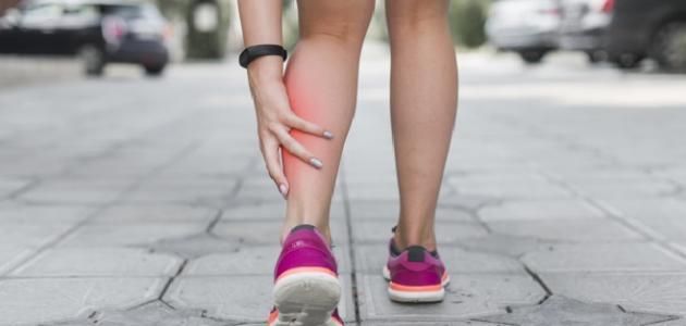 ألم في ساقي اليمنى