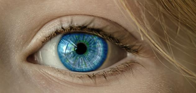 أضرار الليزر للعيون