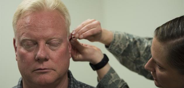 أعراض وعلاج التهاب الأذن الوسطى