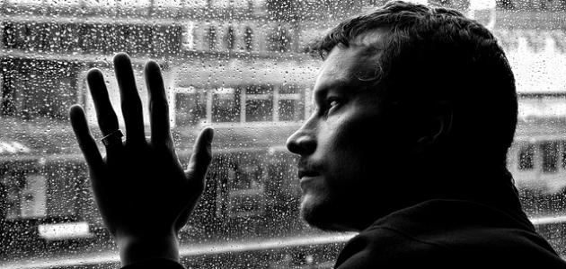 أعراض نقص وزيادة إفراز الغدة الدرقية