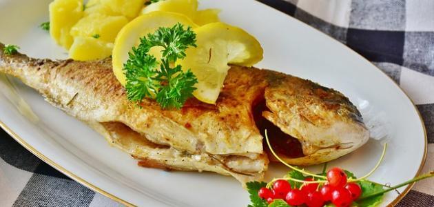 طريقة شوي السمك بالفرن على الطريقة العراقية