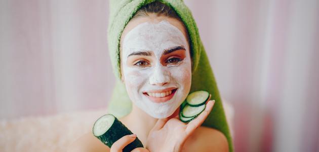 كيفية إخفاء مسامات الوجه