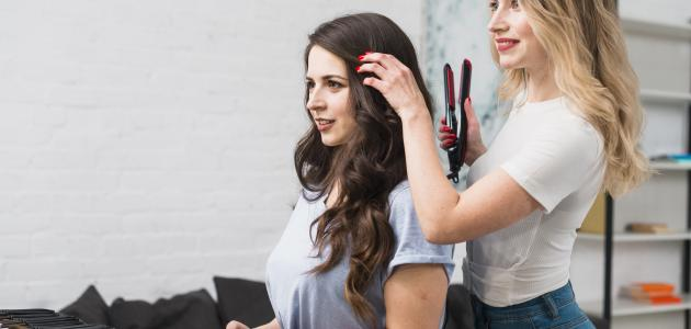 طرق تجعيد الشعر في المنزل