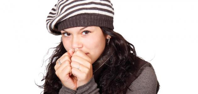 أعراض نقص نشاط الغدة الدرقية عند النساء