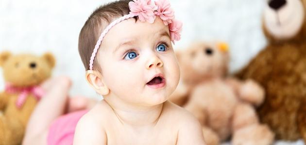 كيفية الاهتمام بشعر البنات الرضع