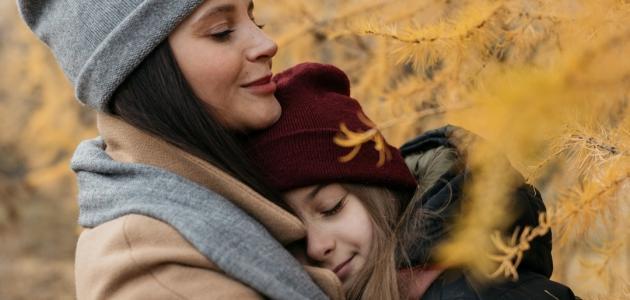 كيفية التعامل مع ابنتي المراهقة