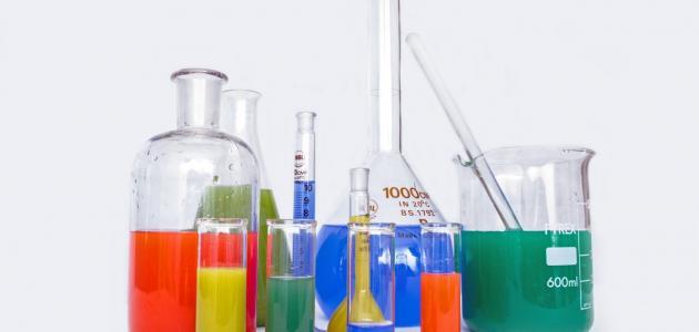أدوات الكيمياء