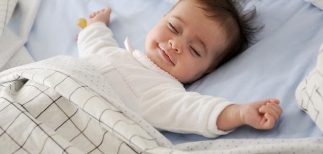 كيفية التخلص من الغازات في بطن الرضيع