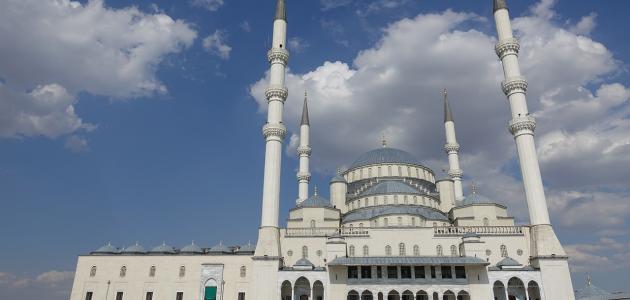 أجر بناء مسجد