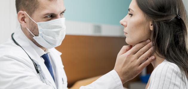 التهاب فيروسي في الحلق