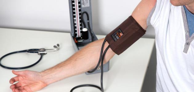 طريقة قياس الضغط بالجهاز الزئبقي