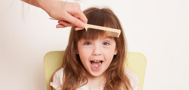 كيف أجعل شعر بنتي ناعماً وطويلاً
