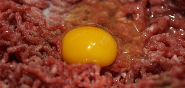 طريقة عمل روستو اللحم المفروم بالبيض