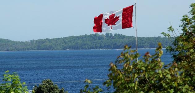 ما هي مساحة كندا