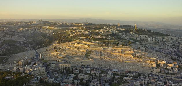 ما اسم أشهر جبال القدس