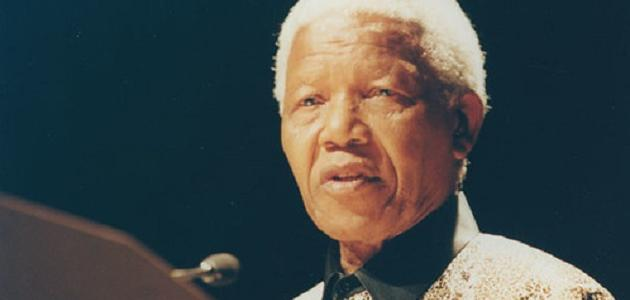 متى ولد نيلسون مانديلا