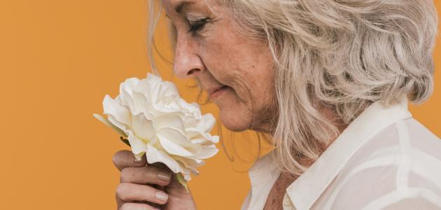 أعراض سن اليأس لدى المرأة