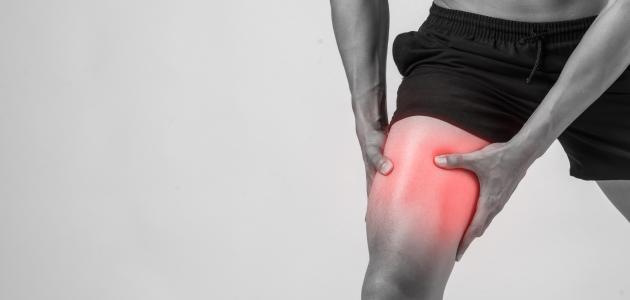 ألم الساقين والفخذين