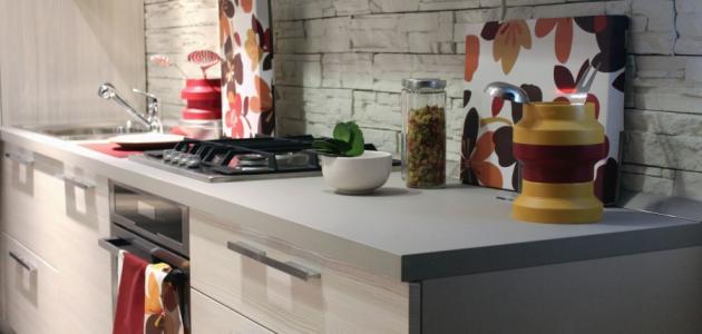 كيفية تنظيف جدران المطبخ من الدهون