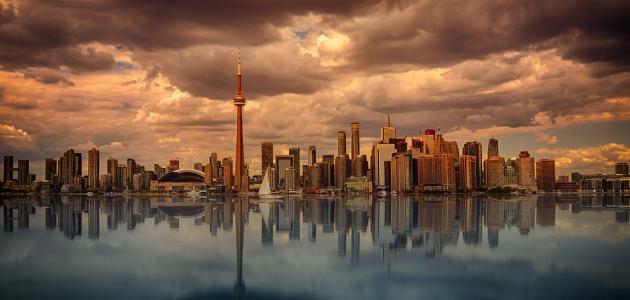 ما هي مساحة كندا وعدد سكانها