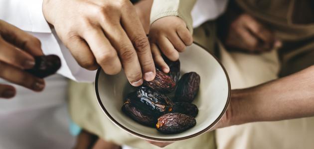 حكم الإفطار في صيام القضاء بالجماع