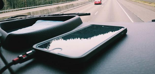 تشغيل الموبايل على كاسيت السيارة