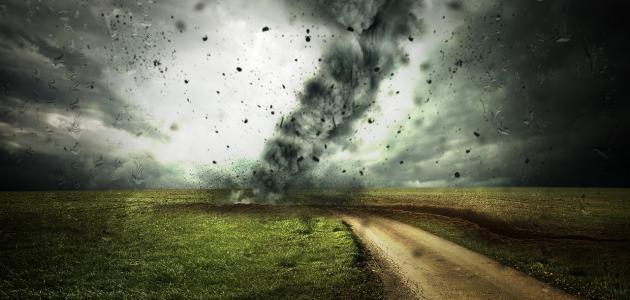 كيفية حدوث الإعصار