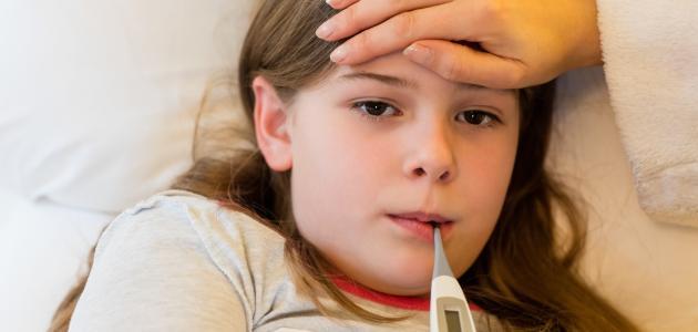 أعراض وجود الميكروب السبحي عند الأطفال