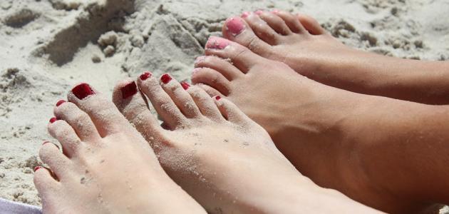 ما علاج فطريات القدم