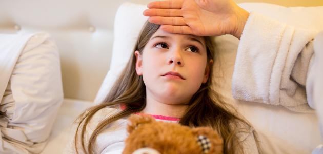 ما علاج سخونة الأطفال