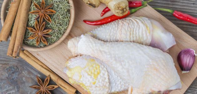 طريقة تتبيل الدجاج بالفرن