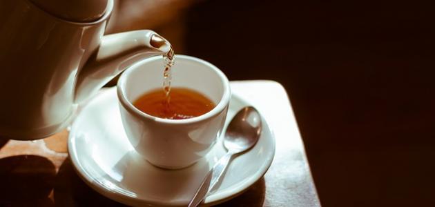 كم سعرة حرارية في كوب الشاي الأحمر