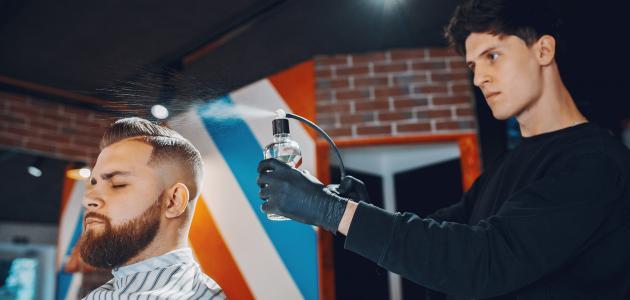 كيفية تثبيت الشعر بدون جل