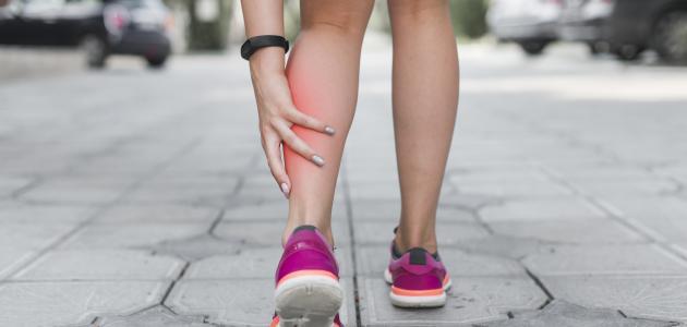 كيفية علاج جلطة القدم