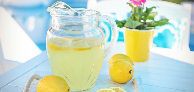طريقة عمل عصير الليمون في الخلاط