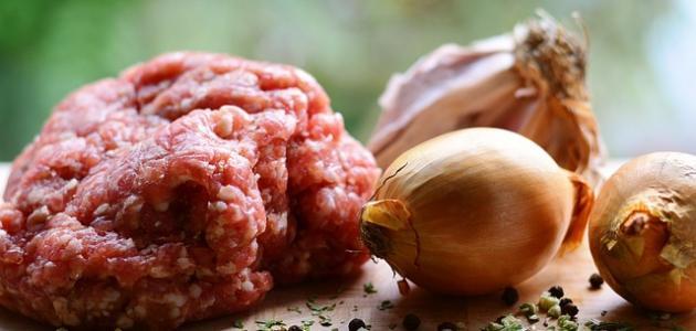 طريقة عمل محشي البصل بدبس الرمان
