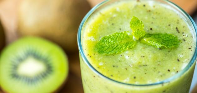 طريقة عمل عصير الكيوي والليمون والنعناع