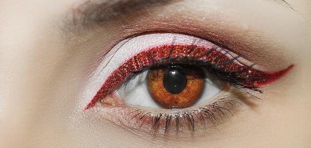 كيفية استعمال مكياج العيون