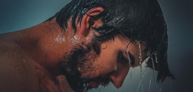 كيف يغتسل الرجل من الجنابة