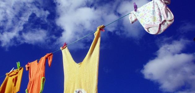 كيفية غسل ملابس الأطفال حديثي الولادة