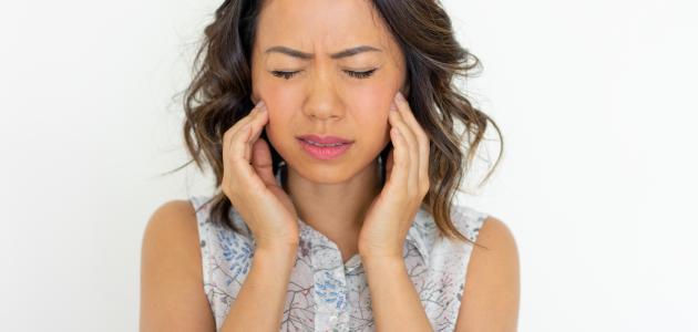 كيفية التخلص من آلام الأسنان والتهابات اللثة بسرعة