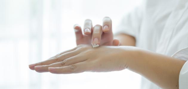 ما هو علاج ظهور الشعر تحت الجلد