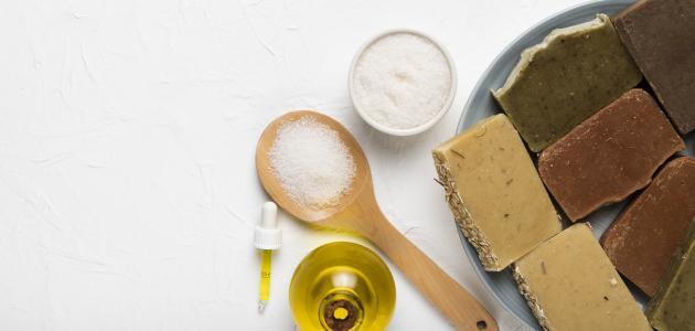 ما فائدة السكر وزيت الزيتون للوجه