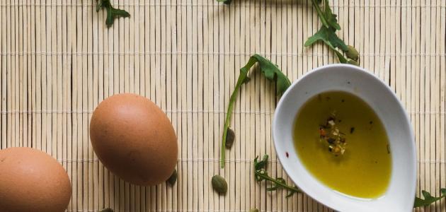 ما فائدة البيض وزيت الزيتون للشعر