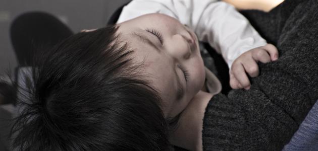 أعراض الوقوع على الرأس للأطفال