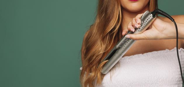 كيفية استعمال مكواة الشعر السيراميك